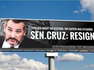 Idiot Ted Kremlin Cancun Cruz Strikes Again